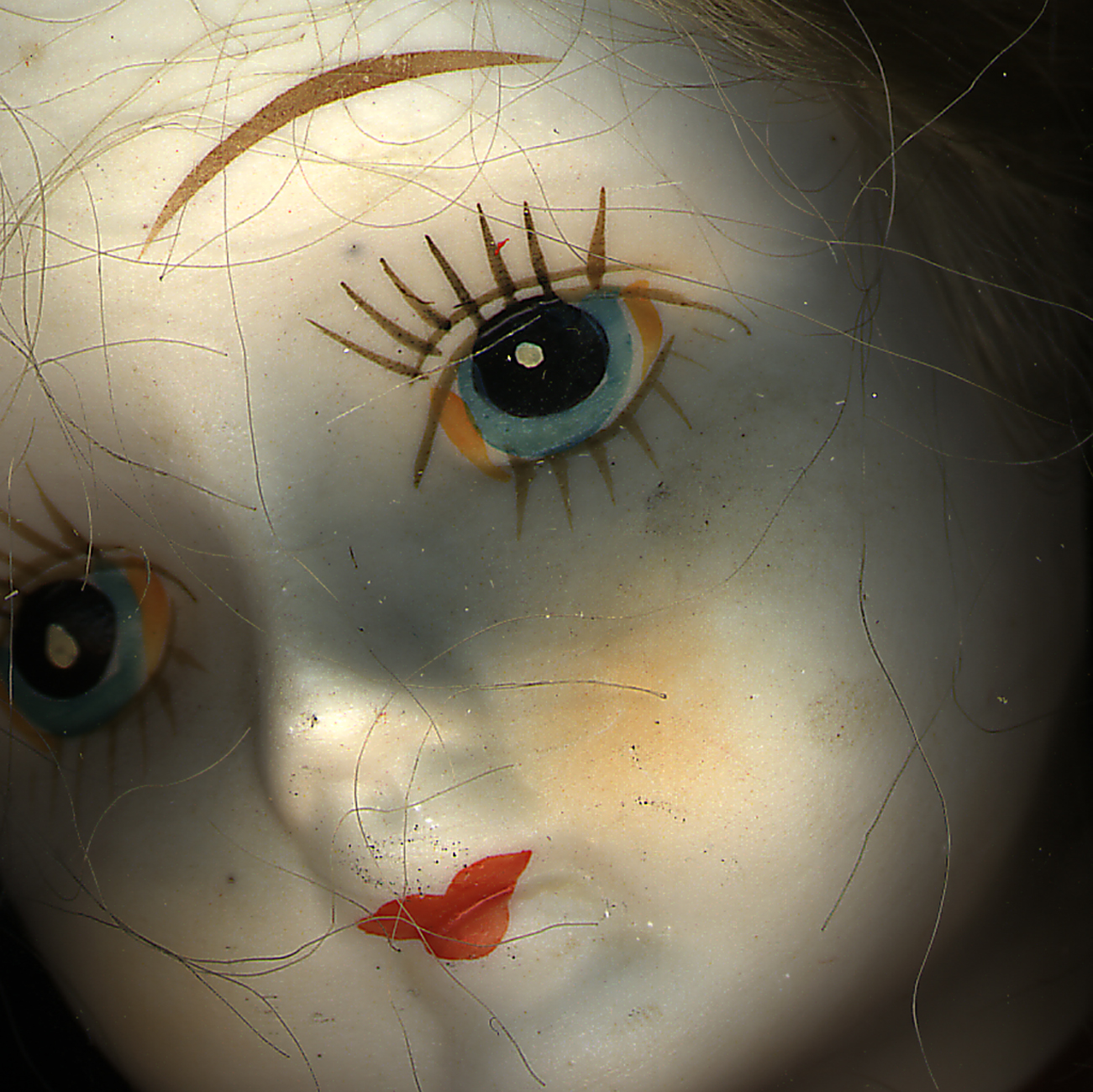 Home_doll-face